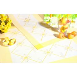Nappe Hardanger bord jaune 8 fils